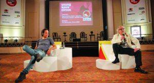 2009: na estreia do Young Wave Circus, o encontro entre o argentino Maxi Anselmo (Santo) e o brasileiro Washington Olivetto (WMcCann) (crédito: arquivo M&M)