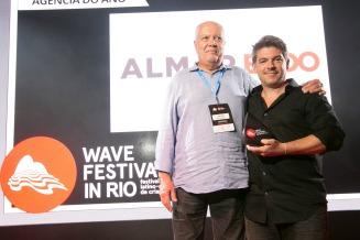 AlmapBBDO: dez vezes Agência do Ano no Wave
